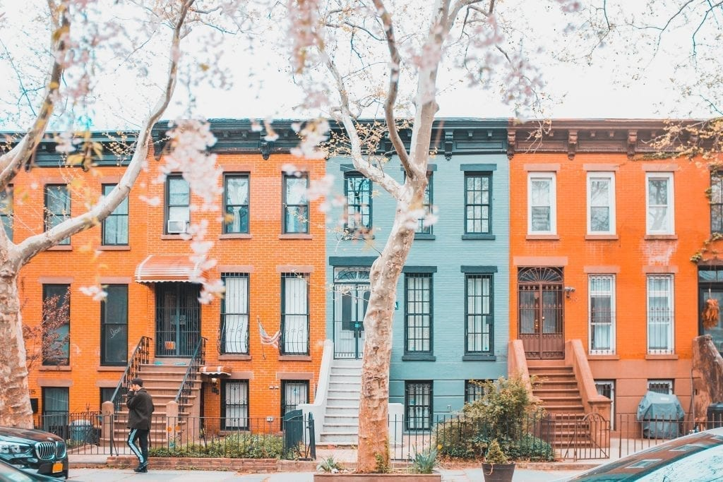 difference between townhouse and condo
